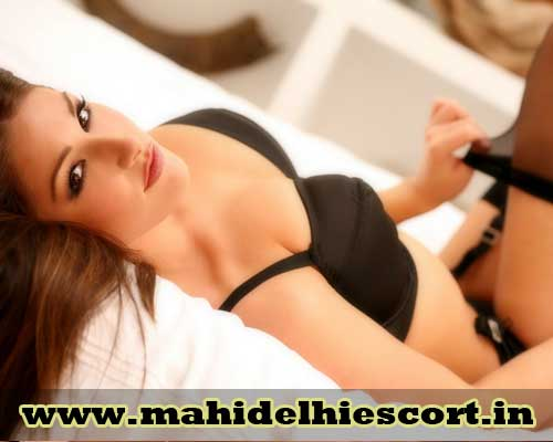 Hot Escorts in delhi